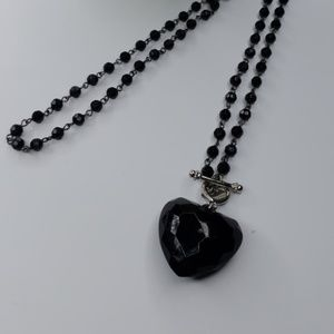 Jewelry - Necklace whith heart stone